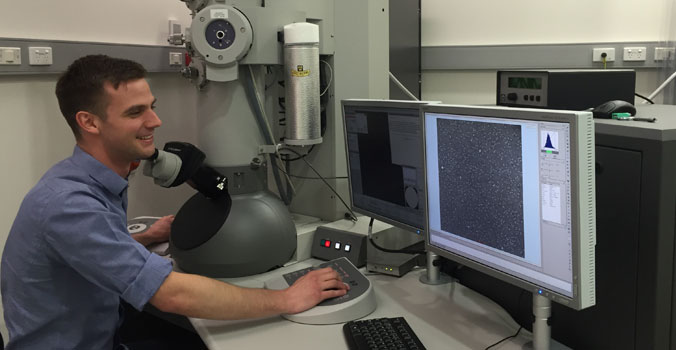 World's largest electron microscope manufacturer heads Down Under for R&D